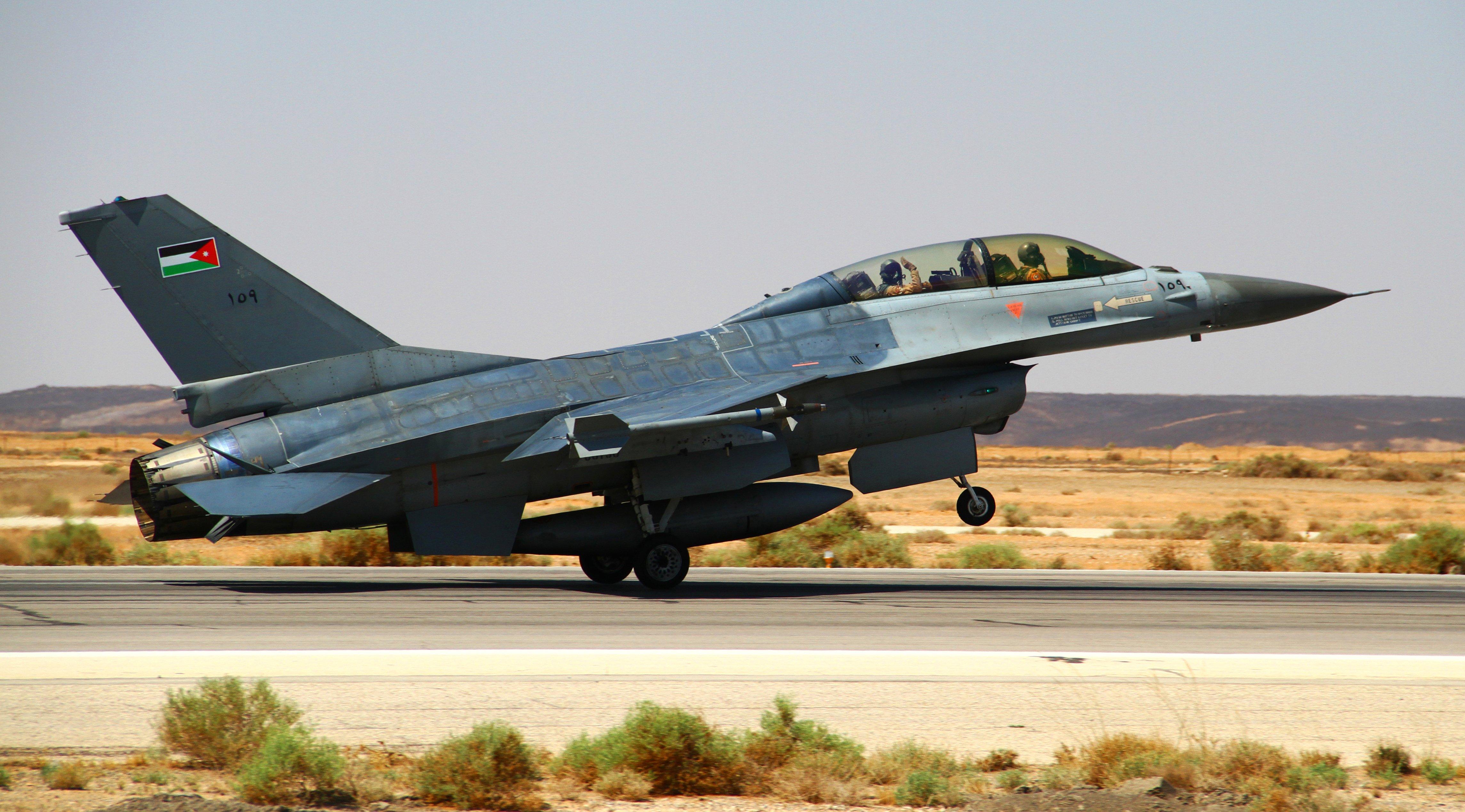 Jordanian F-16BM (MLU) Fighting Falcon [USAF/Staff Sgt Tyler McLain]