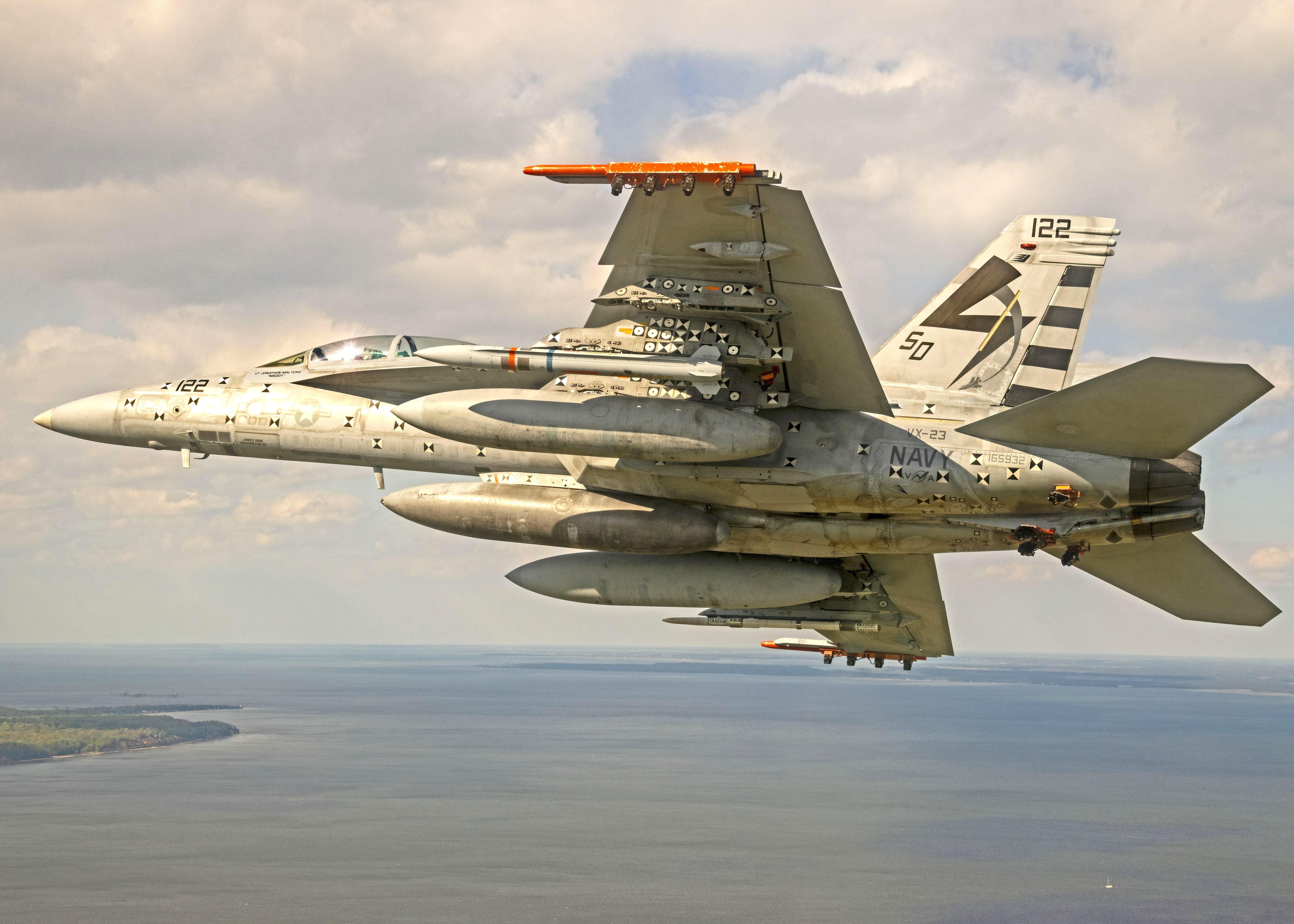 AARGM-ER F/A-18F Captive-Carry Flight Test [US Navy]