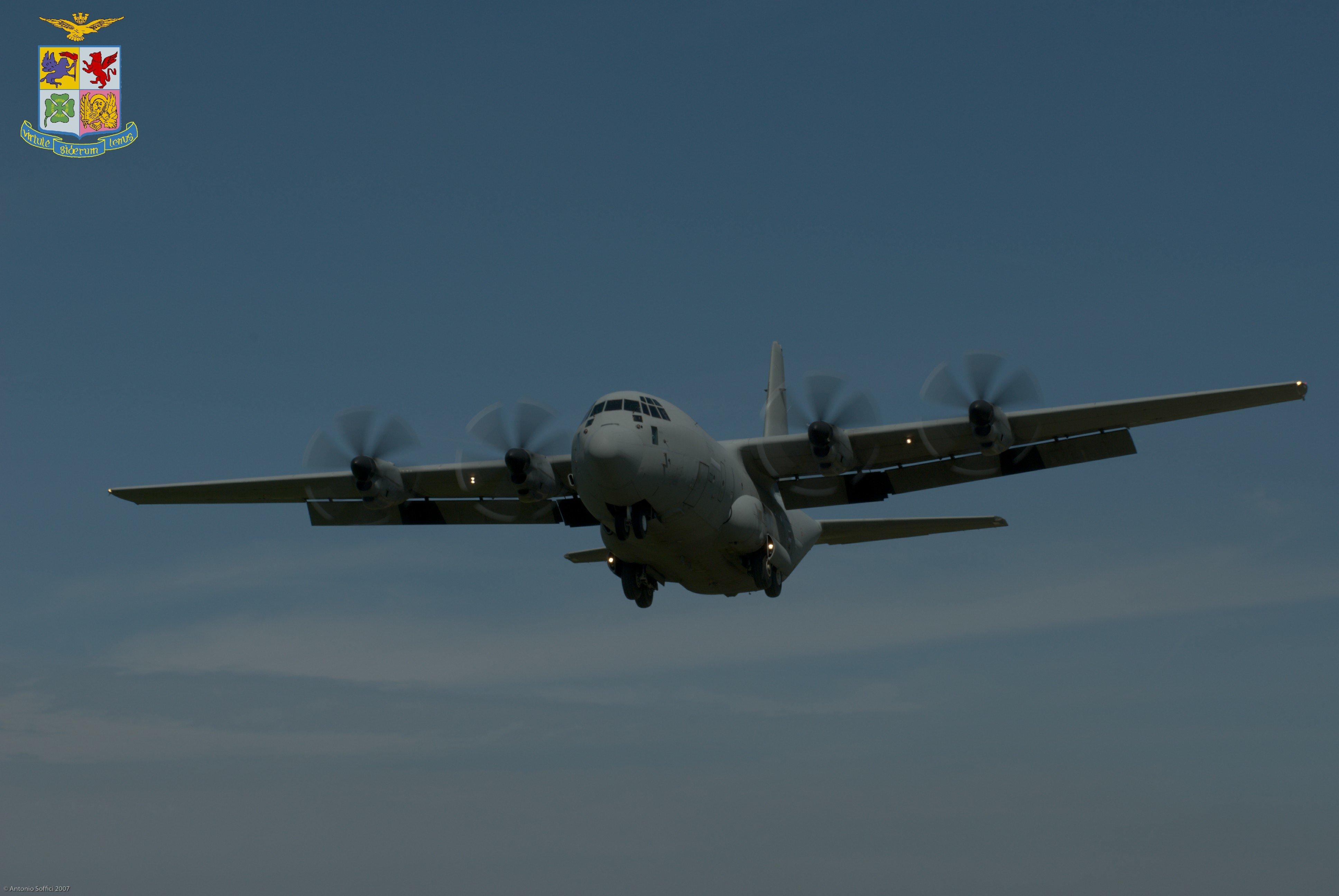 Italian C-130J in Afghanistan [AMI]