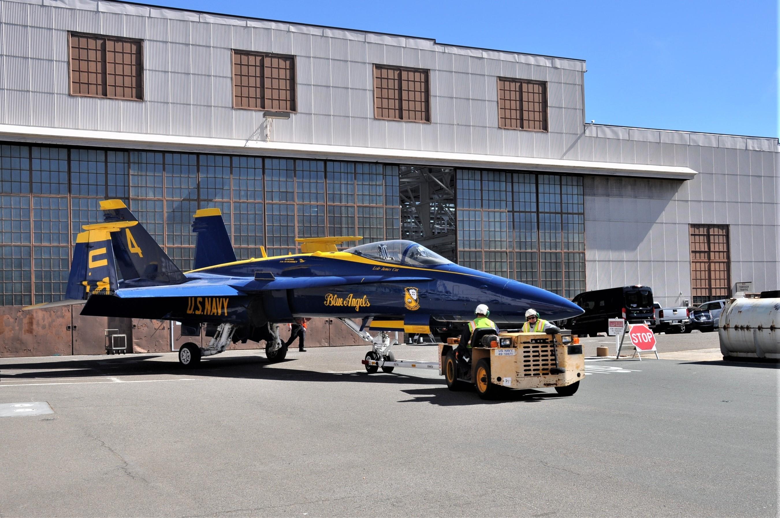 Blue Angels F/A-18C [US Navy]