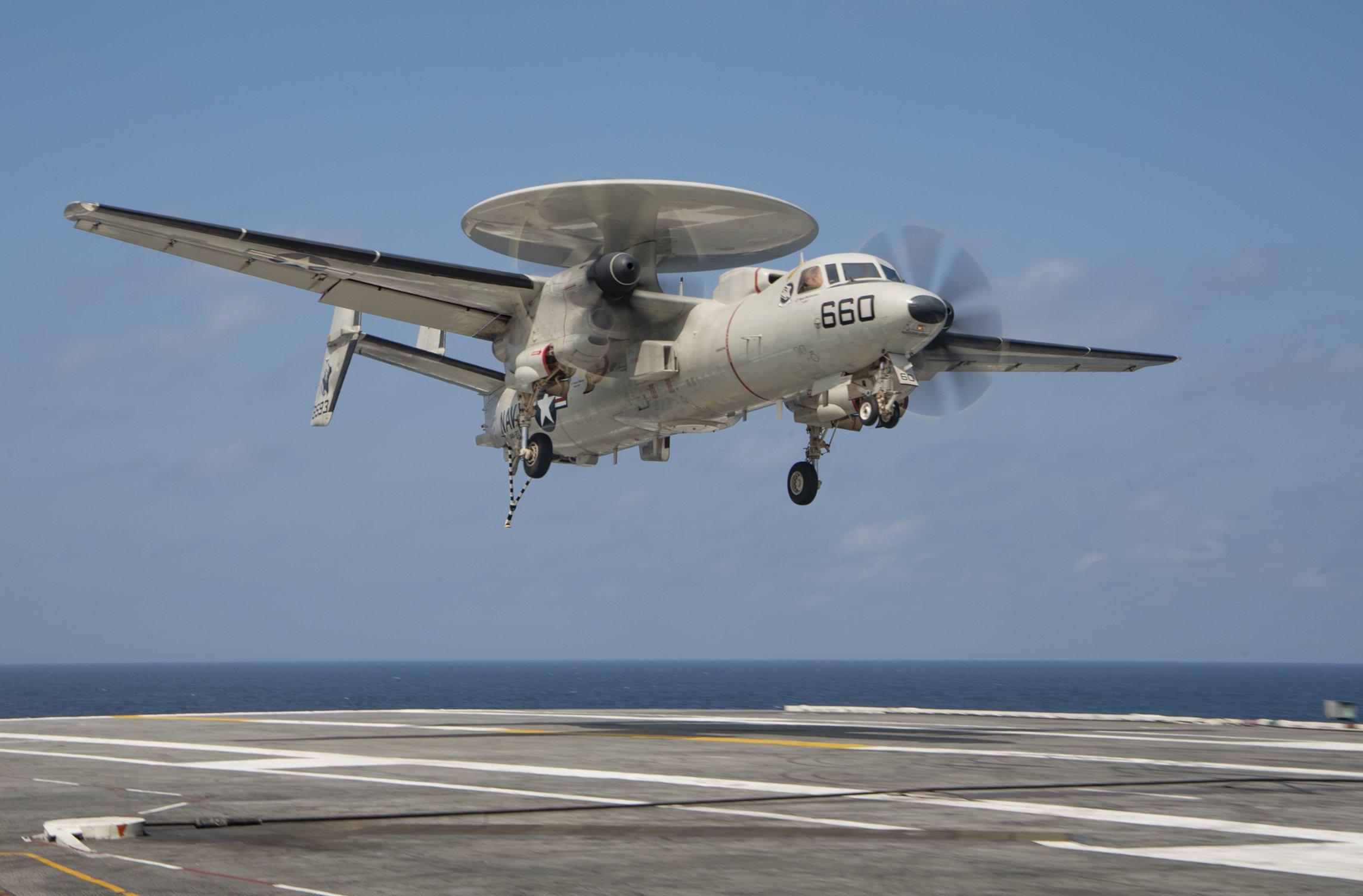 E-2D Advanced Hawkeye [US Navy/Mass Communication Specialist 3rd Class Kelsey Trinh]