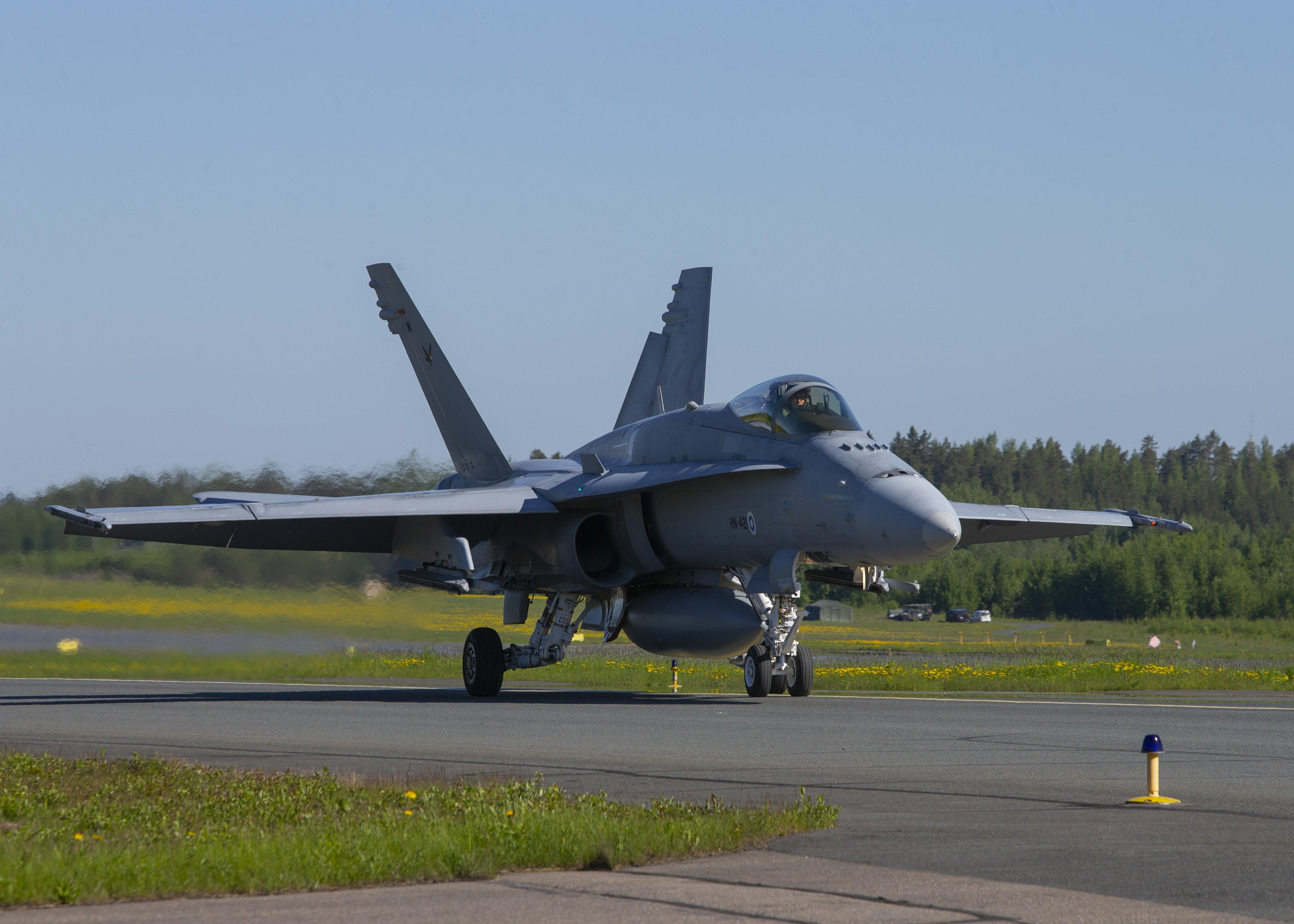 Finnish AF F/A-18C Hornet preps for take-off at Rissala [USMC/Lance Cpl Caleb Stelter]
