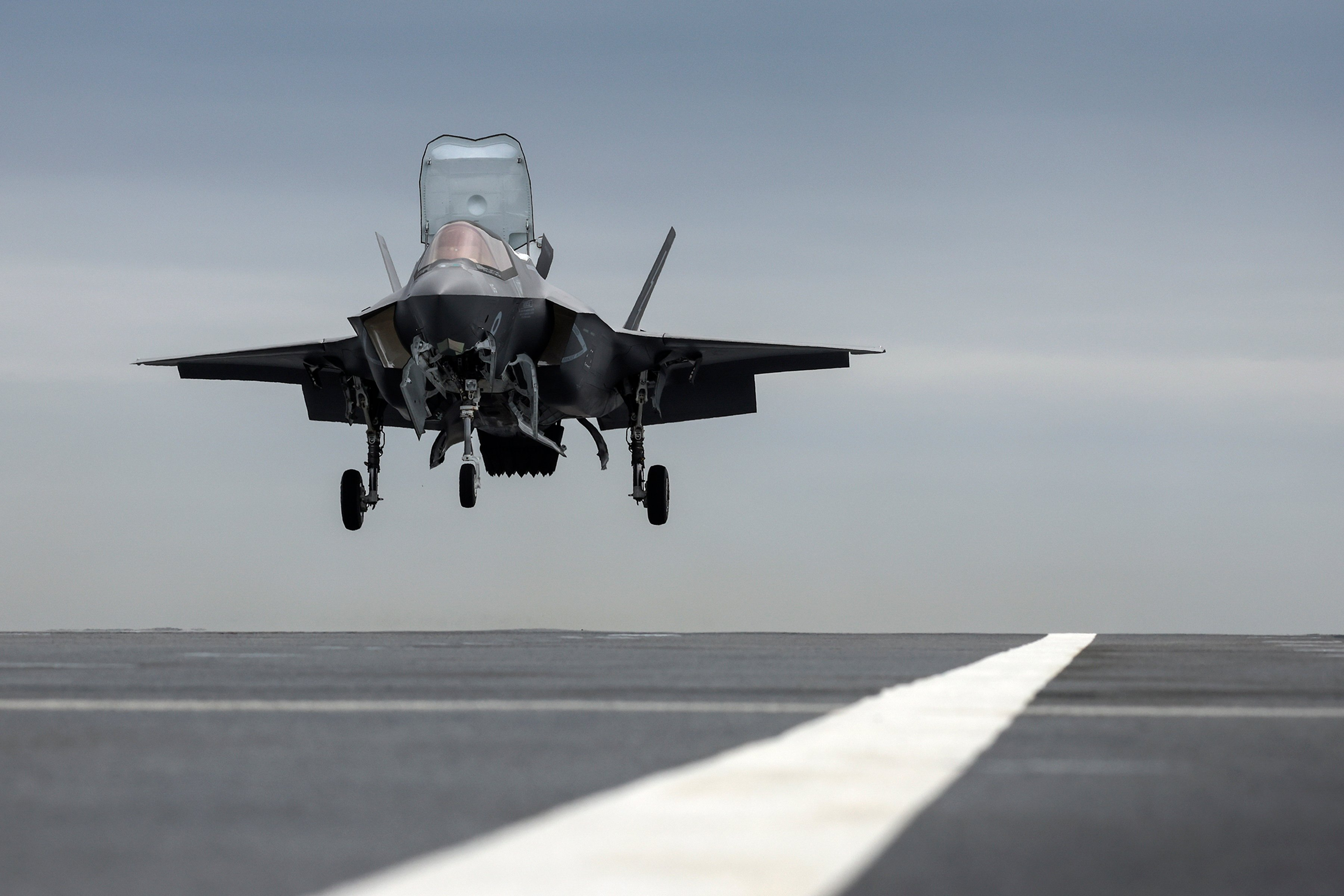 First F-35B aboard HMS Prince of Wales 07-06-21 [MOD Crown Copyright/Leading Photographer Finn Hutchins]