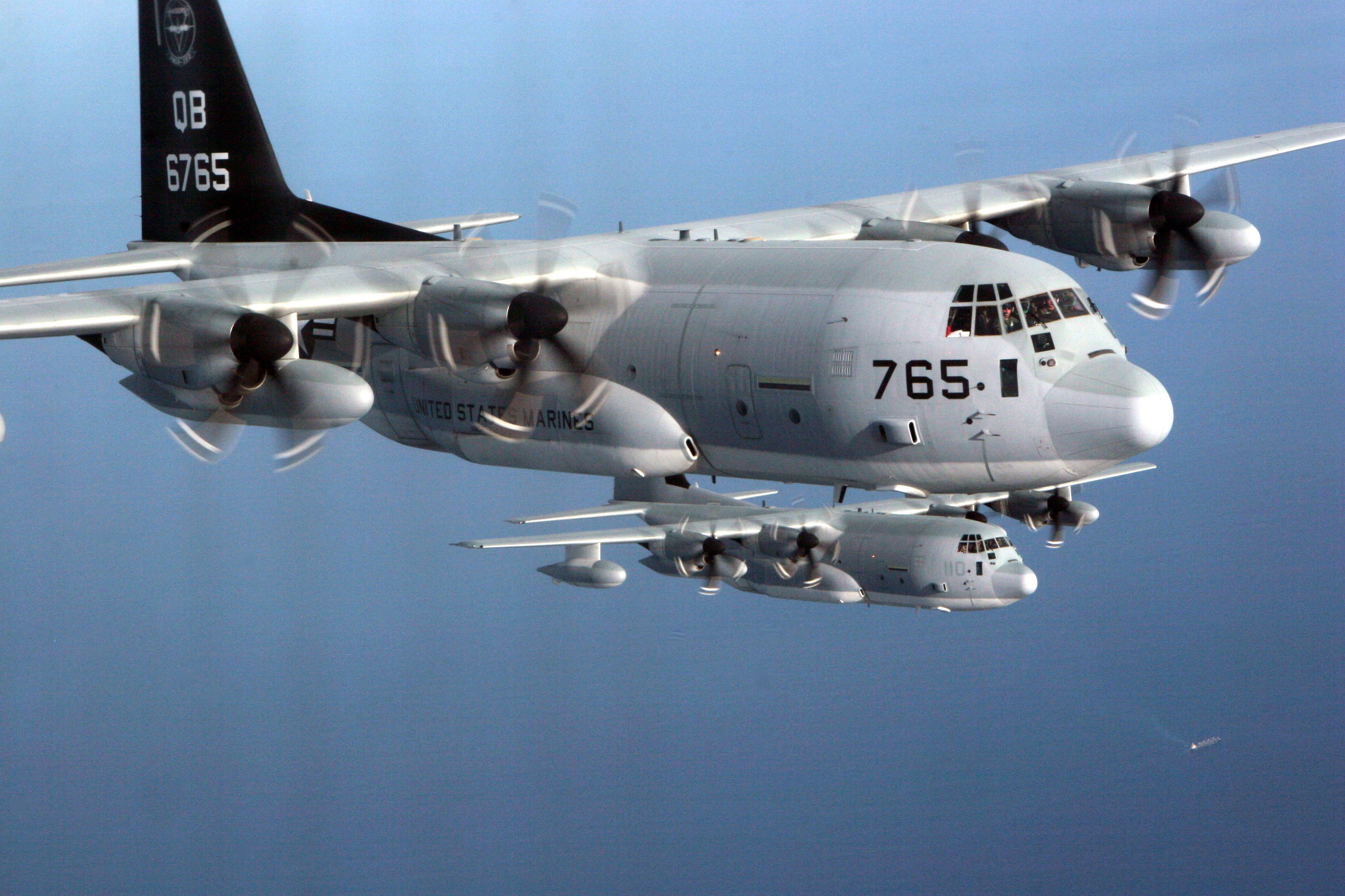 KC-130J pair in flight [USMC/Lance Cpl Kelly R Chase]