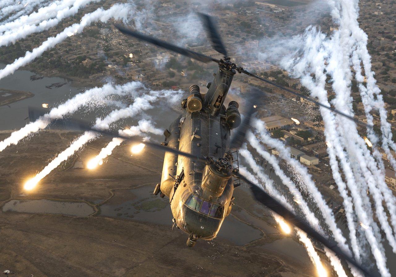 RAF Chinook pops flares over Mali [MOD Crown Copyright/Flt Lt Andy Donovan]