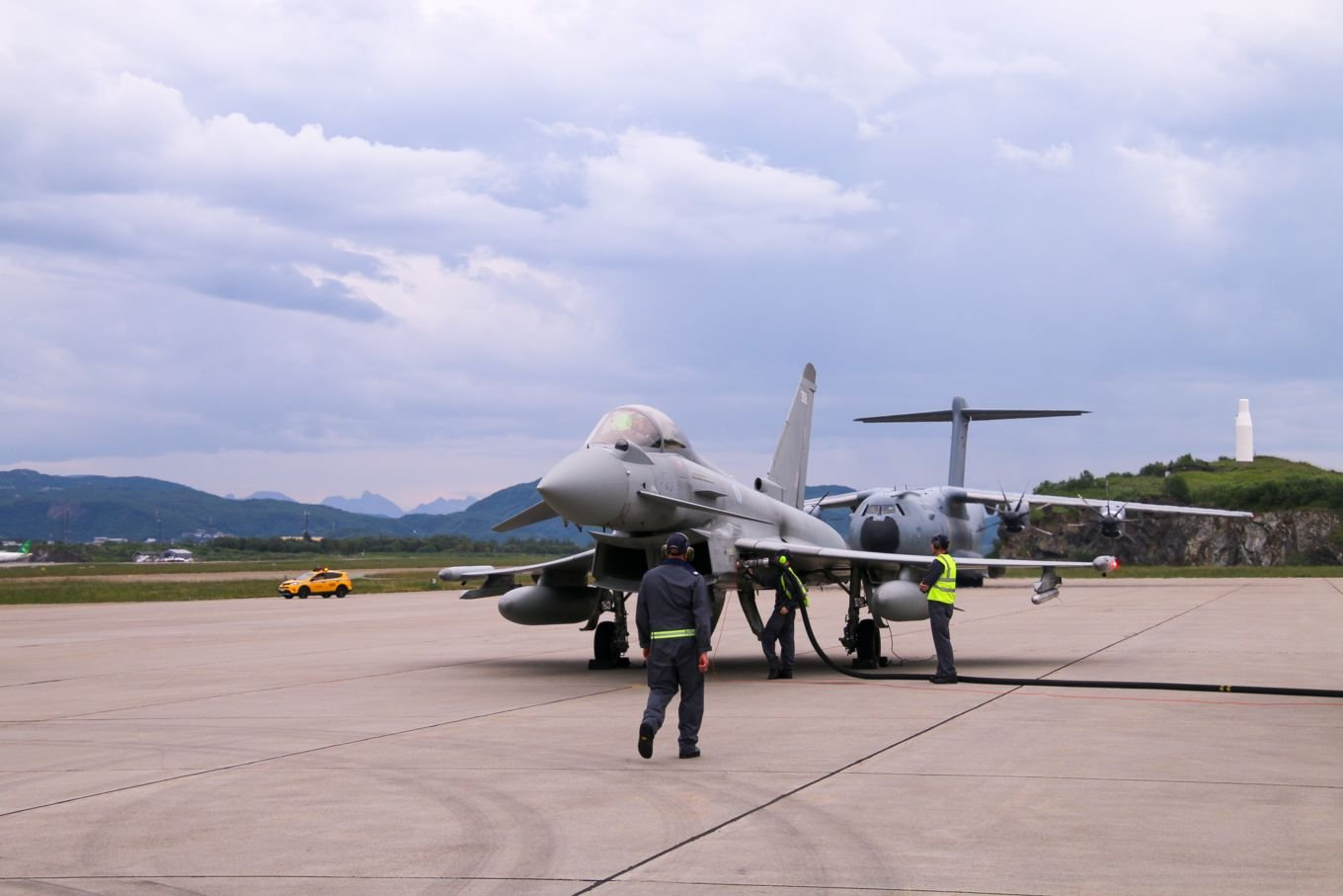 RAF Typhoon proof of concept refuelling exercise in Norway 07-21 [MOD Crown Copyright/Royal Air Force]