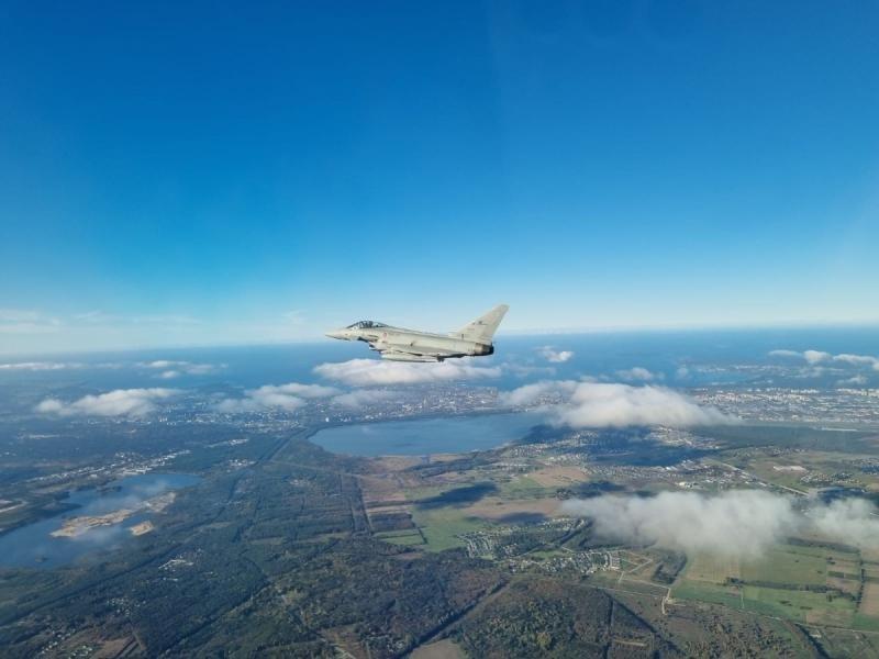 Italian Typhoon air