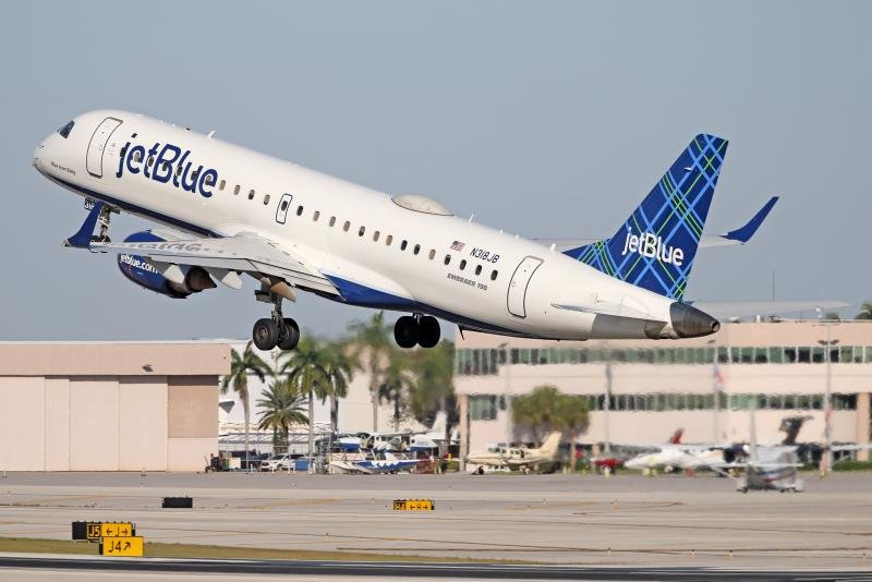 E190 JetBlue