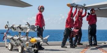 Sailors US Navy/MCS3C Nathan Burke