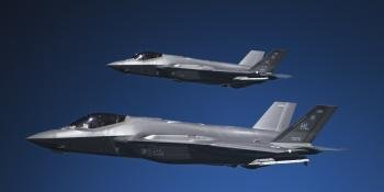 USAF F-35s refuelling