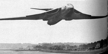 LOW AND SLOW. – The Handley Page Victor B.2 makes a very low flypast, with leading-edge flaps drooped.